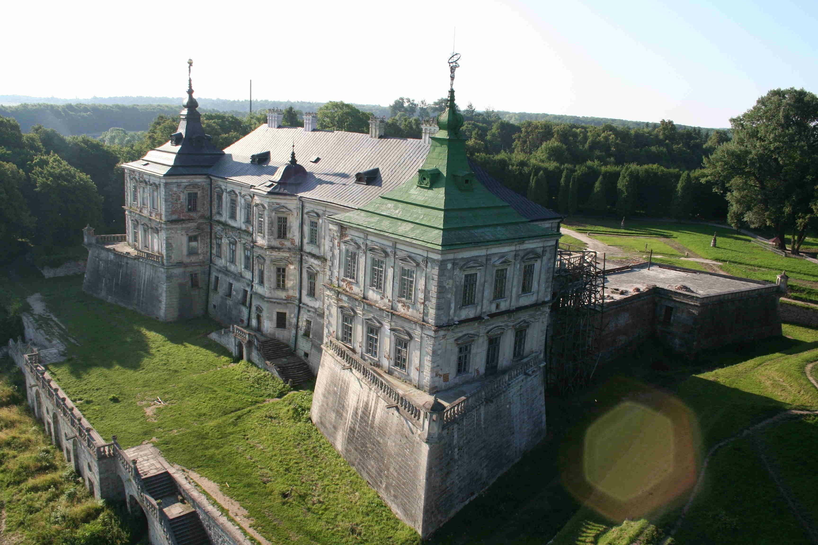 Подорож Україною: Підгорецький замок - український Версаль - InfoMIX