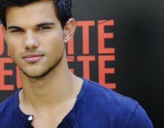 Taylor Lautner Abduction presentación París