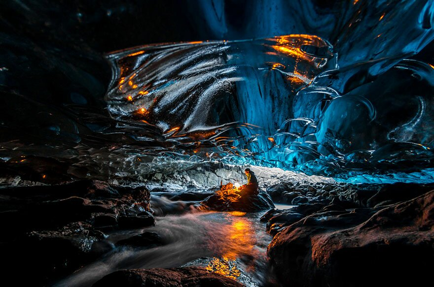 Крижана печера льодовика Ватнаекюдль